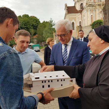 Lenkijos užsienio reikalų ministras mūsų hospise