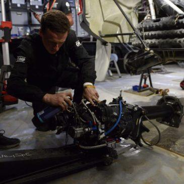 Diena 1: Mechanikų darbas