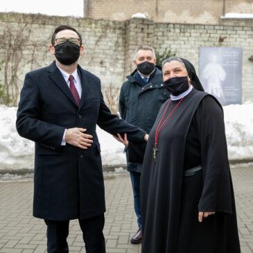 PKN Orlen kontynuuje wsparcie dla Hospicjum im. bł. M. Sopoćki oraz Domu Kultury Polskiej w Wilnie
