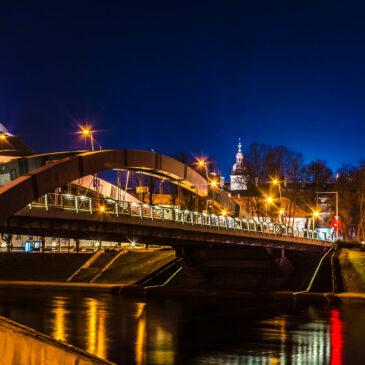 Vilniaus tiltai bus apšviesti geltonai